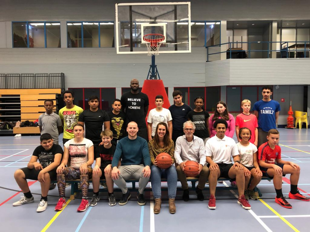 YETS Foundation start met basketbalteam op ProNovaCollege