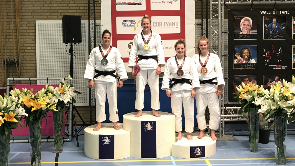 Ruby Banen wint goud op Internationaal Judotoernooi