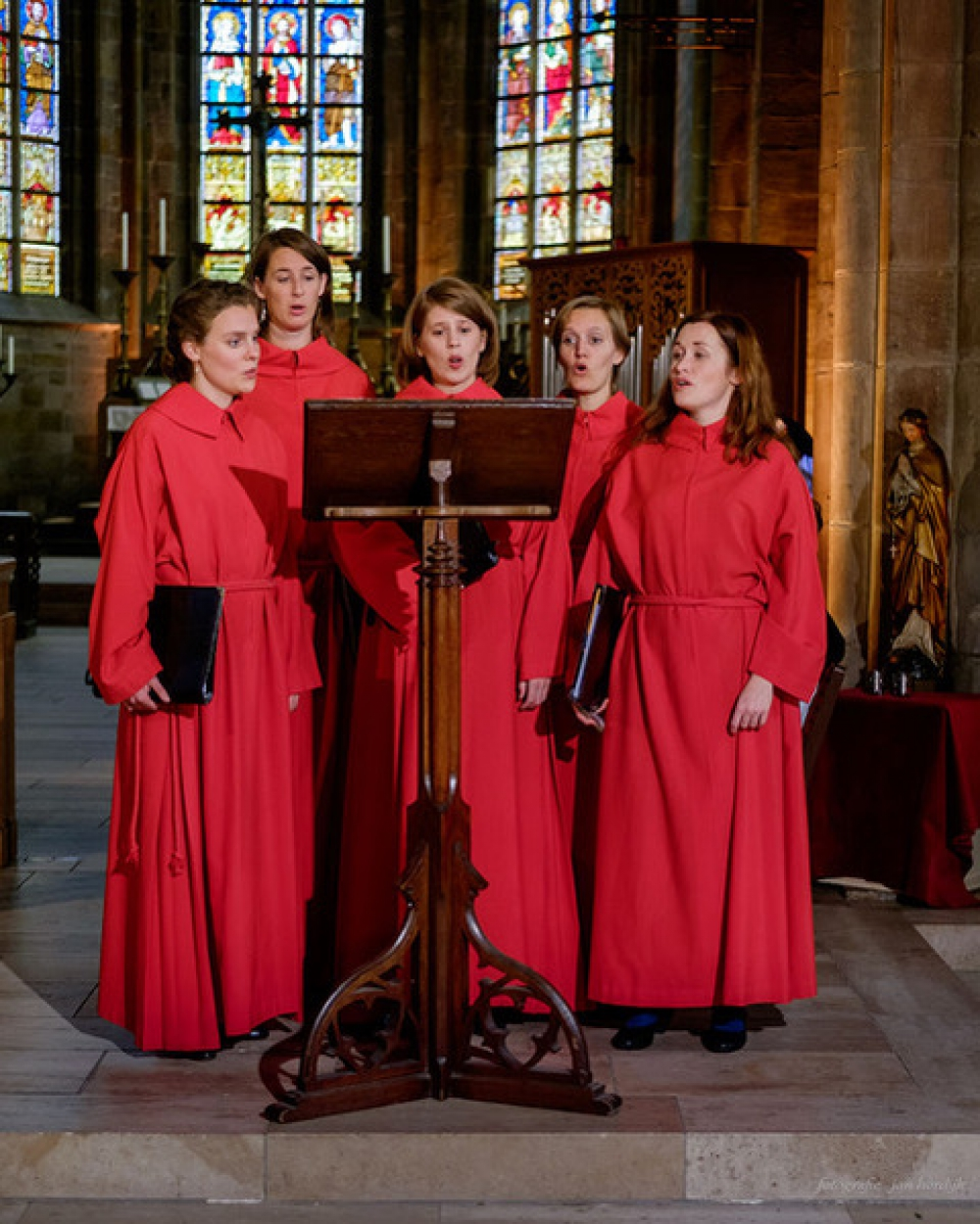 Whisful Singing treedt op in Liduina Basiliek